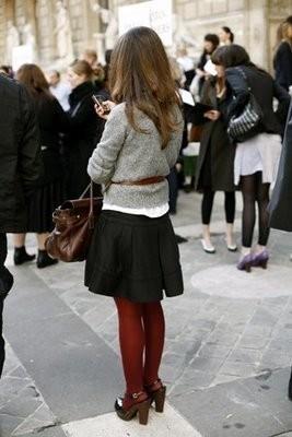 Suche Inspiration Fur Farbige Strumpfhosen Vor Allem Bordeaux