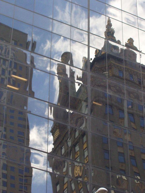 reflets-building-vieux-2